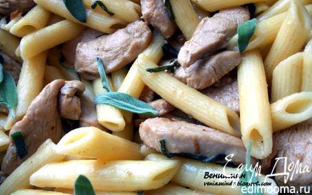 Рецепт Паста с курицей, грецкими орехами и шалфеем