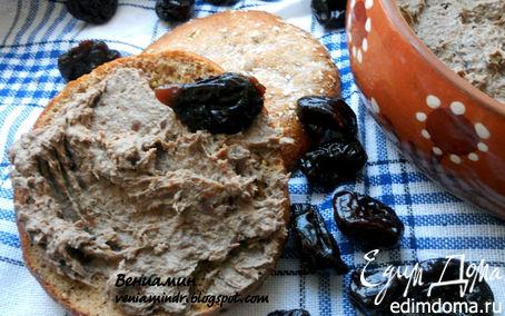 Рецепт Паштет из печени с черносливом