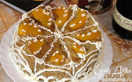 Рецепт Блинный торт с творожным кремом и персиками