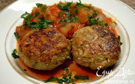 Рецепт Котлетки с овощным рагу.