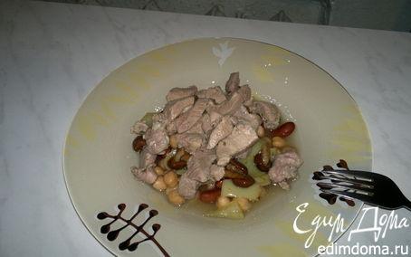 Рецепт Фасолево - нутовая похлебка с перцем и грибами и с бедром индейки в чесноке и розмарине