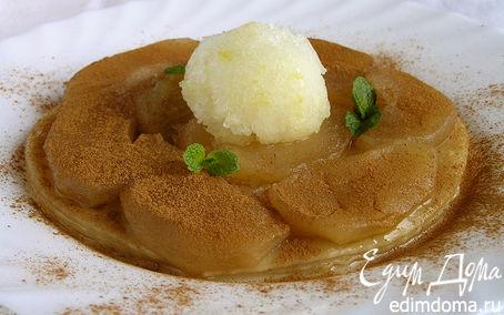 Рецепт Теплый яблочный пирог с корицей и фруктовым сорбетом