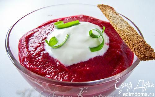 Рецепт Свекольный суп-пюре со сметаной и крутонами