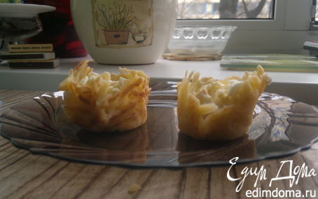 Рецепт Сырные корзиночки с салатом из мяса криля