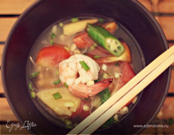 Вьетнамский супчик с креветками и ананасом