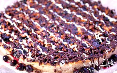 Рецепт Пирог с шоколадом и черной смородиной