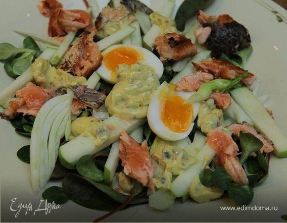 Хрустящий салат с семгой и фенхелем