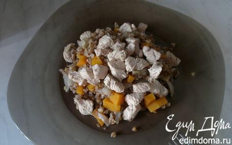 Рецепт Гречневая каша с тыквой, луком, имбирем и грудка индейки