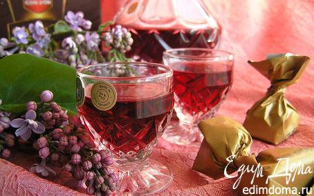 Рецепт Малиновый ликер с ванилью