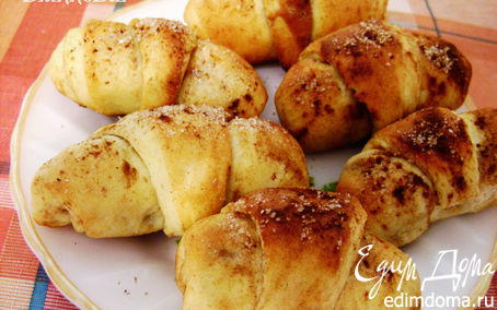 Рецепт Пряные круассаны с яблоками и корицей