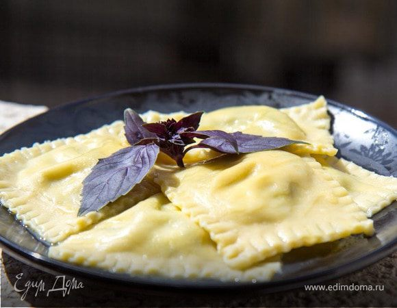 Равиоли с рикоттой и шпинатом (тесто от Джейми Оливера)