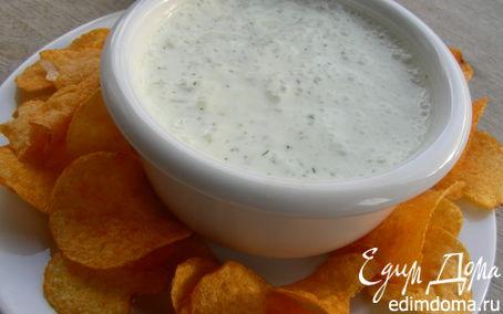 Рецепт Йогуртовый дип-соус с лимоном, чесноком и укропом