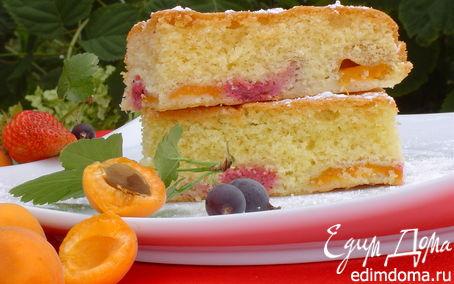 Рецепт Пирог с абрикосами и ягодами