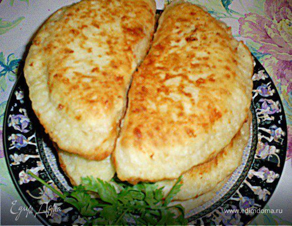 Сырные лепешки с мясом