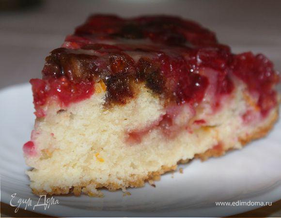 Пирог с клюквой, финиками и грецкими орехами