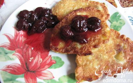 Рецепт Оладьи с яблоками и изюмом