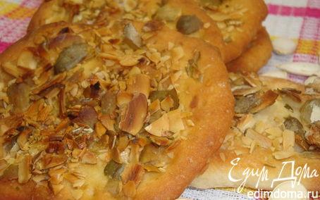 Рецепт Хрустящие хлебцы с тыквенными семечками. HomeQueen Corporation