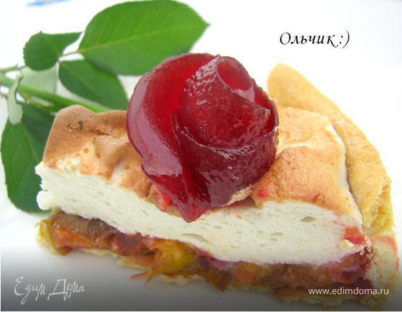 """Сливовый пирог с меренгой и розой из сливового желе. Готовим с """"HomeQueen Corporation"""""""
