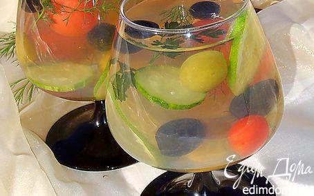 Рецепт Овощной салат в желе с оливками и маслинами