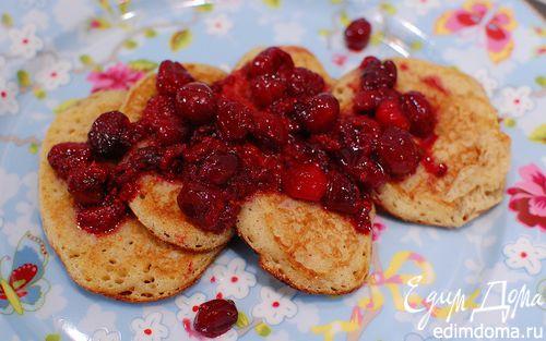 Рецепт Блинчики с полентой и корицей под ягодным соусом
