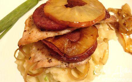 Рецепт Куриные шницели с яблоками и чоризо