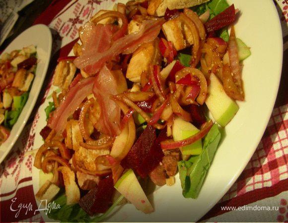 Осенне-зимний салат с каштанами, свеклой и беконом