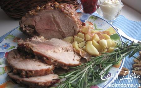 Рецепт Свинина пряная в ореховой обсыпке, фаршированная сыром