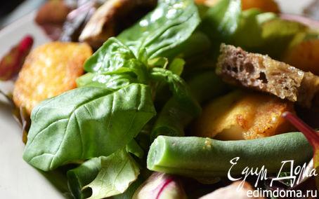 Рецепт Салат со спаржевой фасолью, жареным козьим сыром и апельсиновым соусом