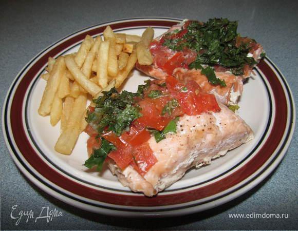 Филе лосося с луком-шалотом и томатами от Джулии Чайлд
