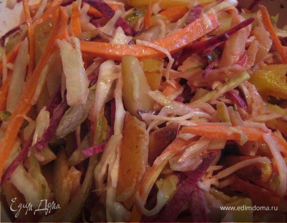 Зимний салат с жареной картошкой