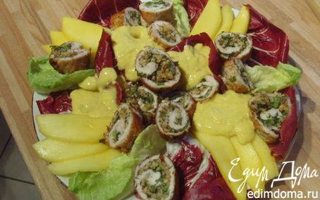 Рецепт Куриные рулеты под манговым соусом с брусками поленты