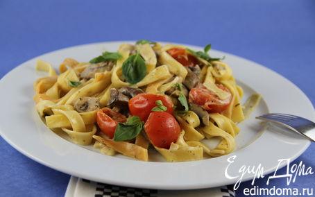 Рецепт Паста с грибами, томатами черри и соусом со сливками и песто