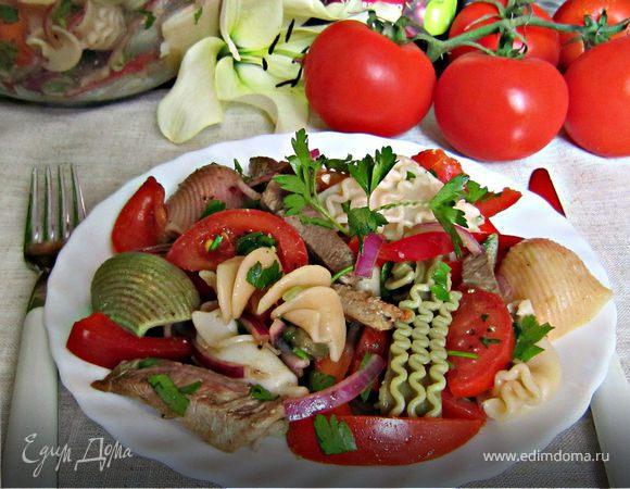 Сытный салат для всей семьи