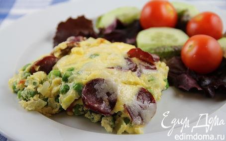 Рецепт Фриттата с зеленым горошком, ветчиной и луком