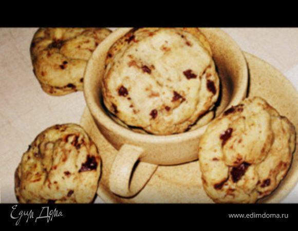 Американское печенье с шоколадом и лесными орехами