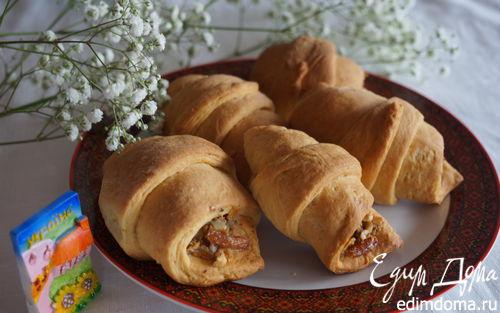 Рецепт Воздушные рогалики с хрустящей ореховой начинкой (Українськи страви)