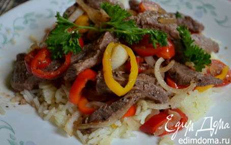 Рецепт Жареная говядина со сладким перцем по-быстрому