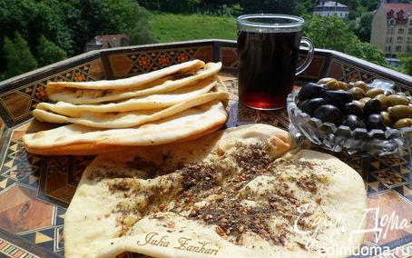 Рецепт Манаиш-лепешки с сыром и кунжутом, заатаром