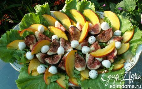 Рецепт салат с инжиром, персиками и моцареллой