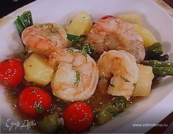 Вок с весенними овощами и креветками