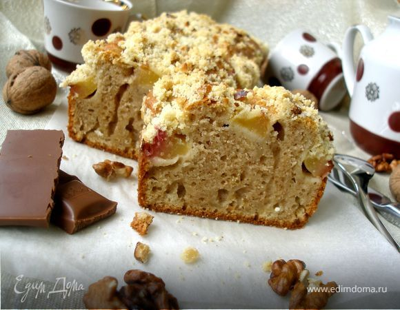 Ароматный кекс с персиками и ореховым штрейзелем