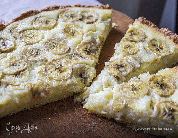 Пирог с бананами и кокосовым кремом
