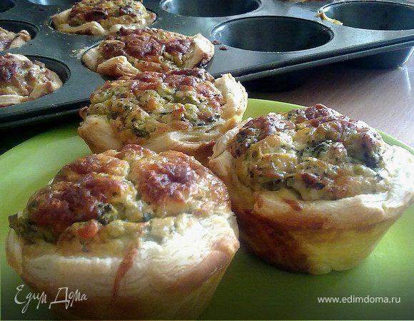 Мини-пироги с брокколи