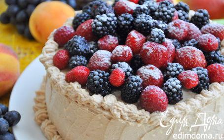 Рецепт Торт «День семьи» на основе грушево-шоколадного бисквита