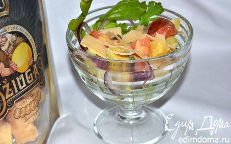 Рецепт Салат из печеного картофеля с лососем и сыром Джюгас