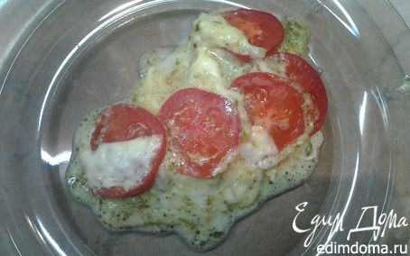 Рецепт Рыба, запеченная под помидорами и моцареллой