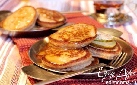 Рецепт Гречнево-ржаные оладьи с грушей и медовым кремом