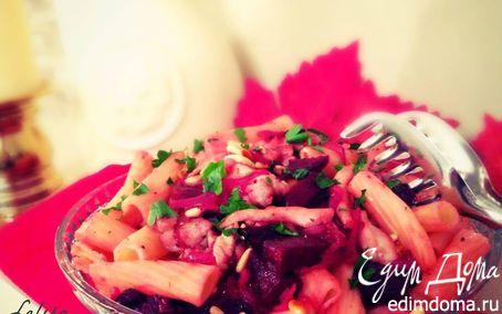 Рецепт Салат с пастой, печеной свеклой, курочкой и кедровыми орешками