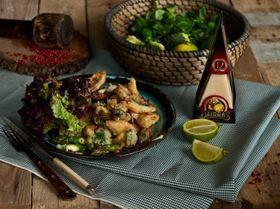 Сибас в темпуре с брокколи, спаржей и сыром