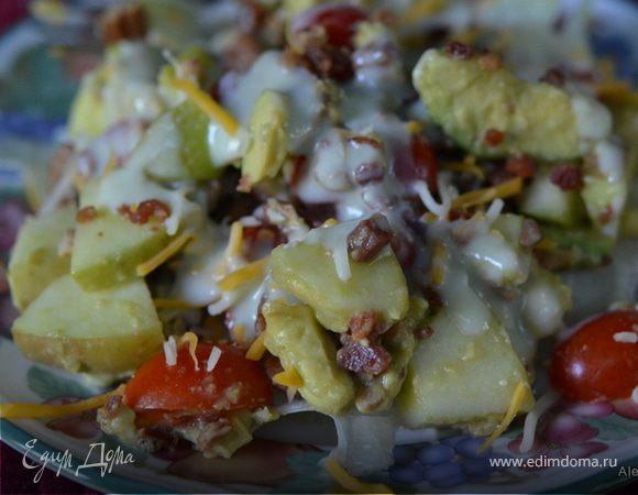 Салат с яблоками и авокадо